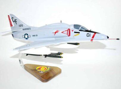 VMA-211 Wake Island Avengers A-4E (1973) Model