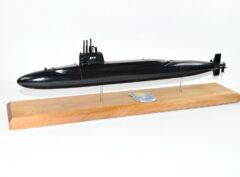 USS Lewis and Clark SSBN-644 Submarine Model (Black Hull)