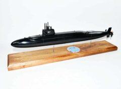 USS Francis Scott Key SSBN-657 Submarine Model (Black Hull)
