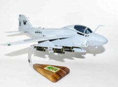 VMA(AW) 121 Green Knights A-6 (1985) Model